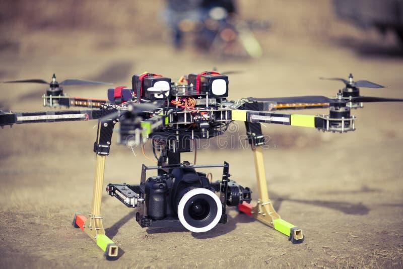 Abejón de Octocopter listo al despegue fotografía de archivo libre de regalías