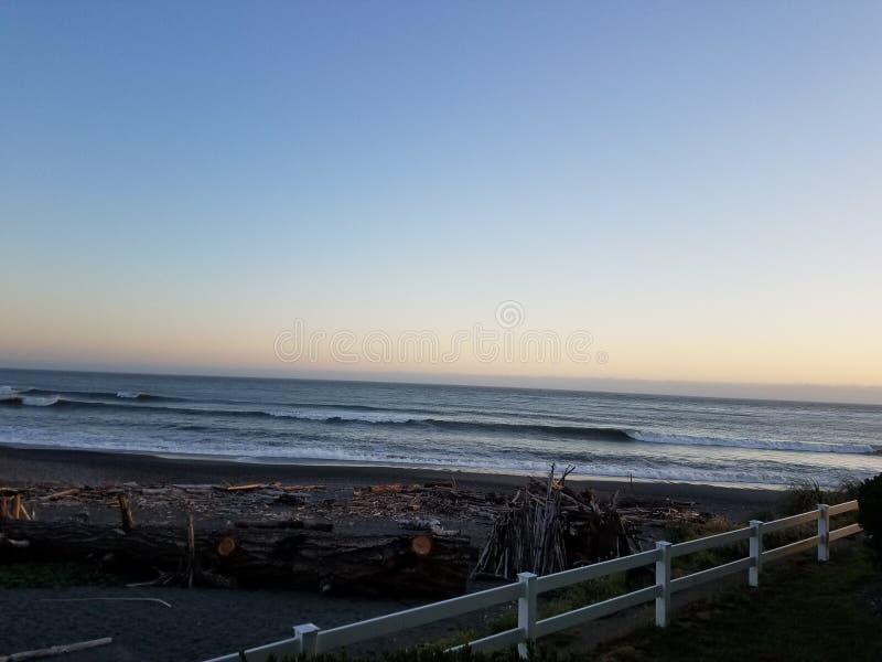Abend auf der Oregon-Küste lizenzfreies stockbild