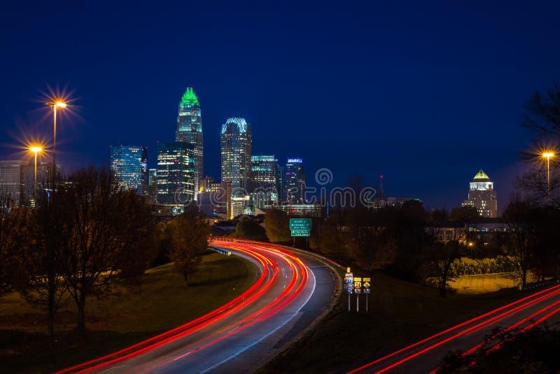 Abend-Hauptverkehrszeit tauschen in Charlotte, North Carolina 3 aus lizenzfreies stockfoto