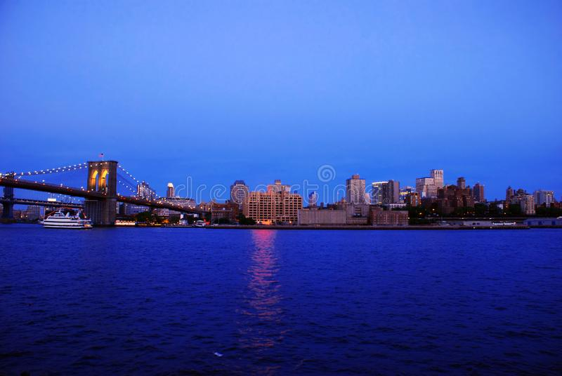 Abend New York City lizenzfreie stockfotos