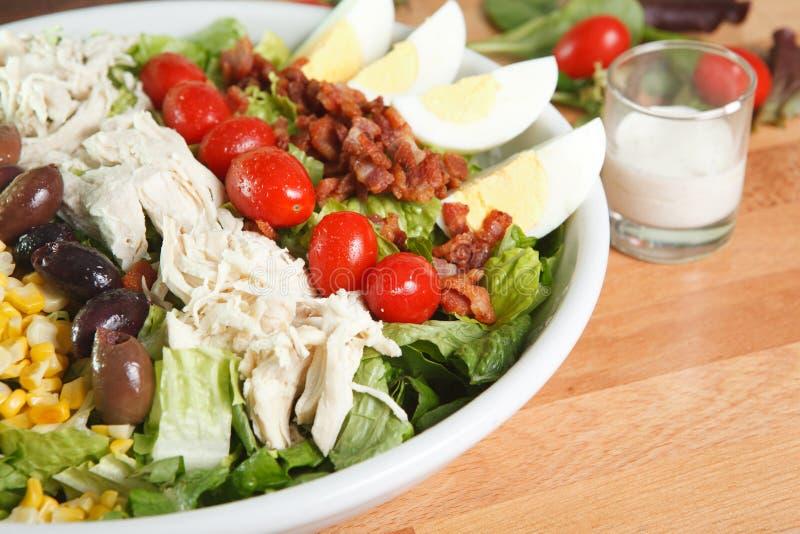 Abendessen sortierter cobb Salat stockfotos