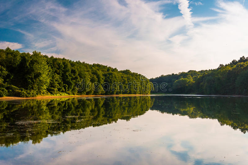 Abendreflexionen im See Marburg, im Codorus-Nationalpark, Penn stockbild