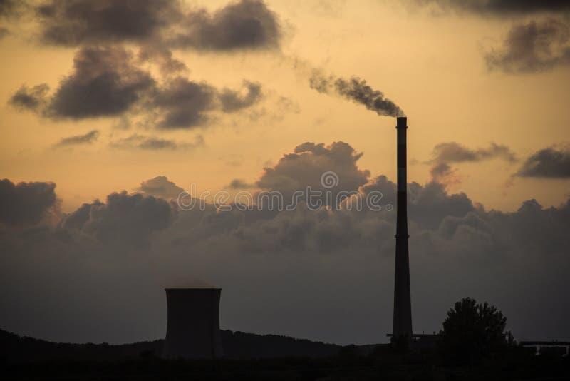 Abendwolken stockbild