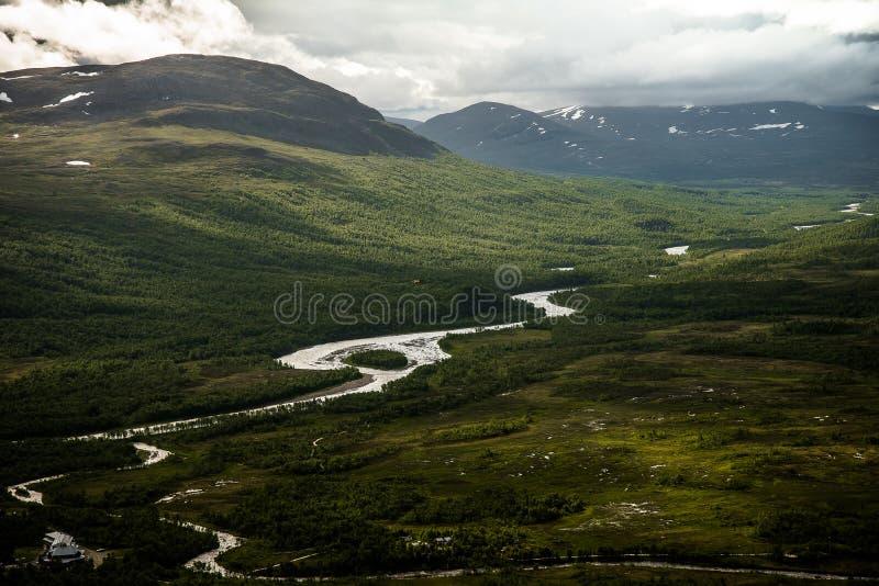 Abenteuer, Freiheit und reine Natur lizenzfreies stockfoto