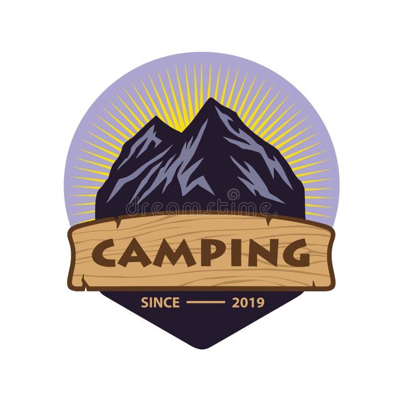 Abenteuer-Logo für Berg, Logo für Berg Adventur, kletternde Expedition Weinlese-Vektor-Logo und Aufkleber, Ikonen-Schablonen-Entw stock abbildung