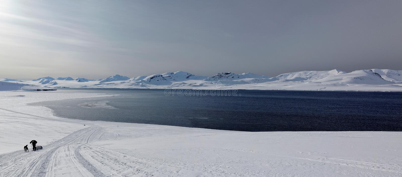 Abenteuer in Svalbard lizenzfreie stockfotos