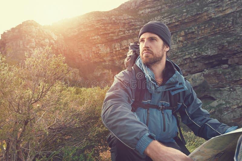 Abenteuermannporträt stockfoto