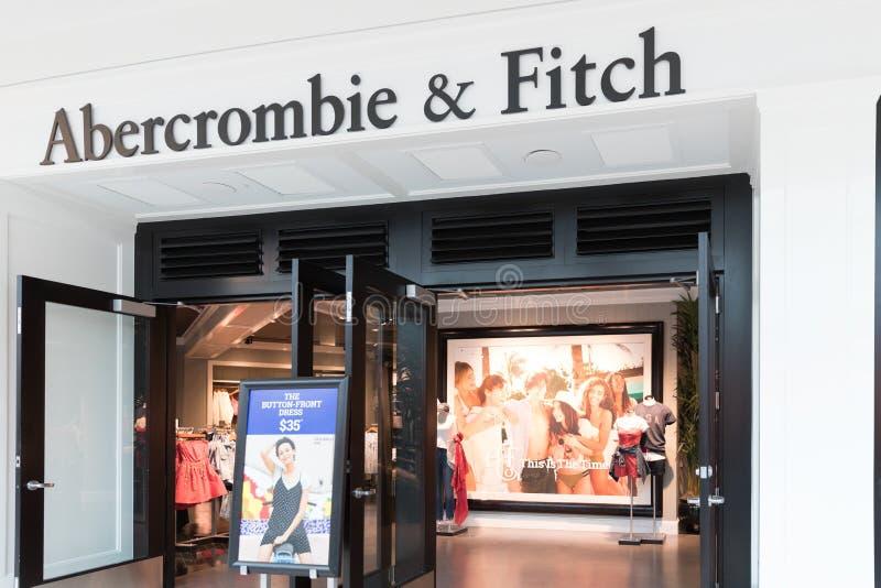 Abercrombie &菲奇服装店在费城我 库存图片