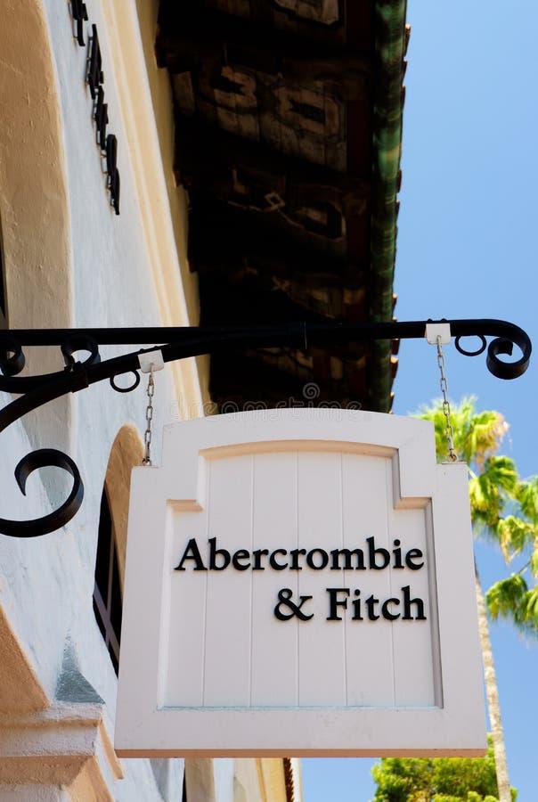 Abercrombie u. Fitch Store und Zeichen lizenzfreie stockfotografie