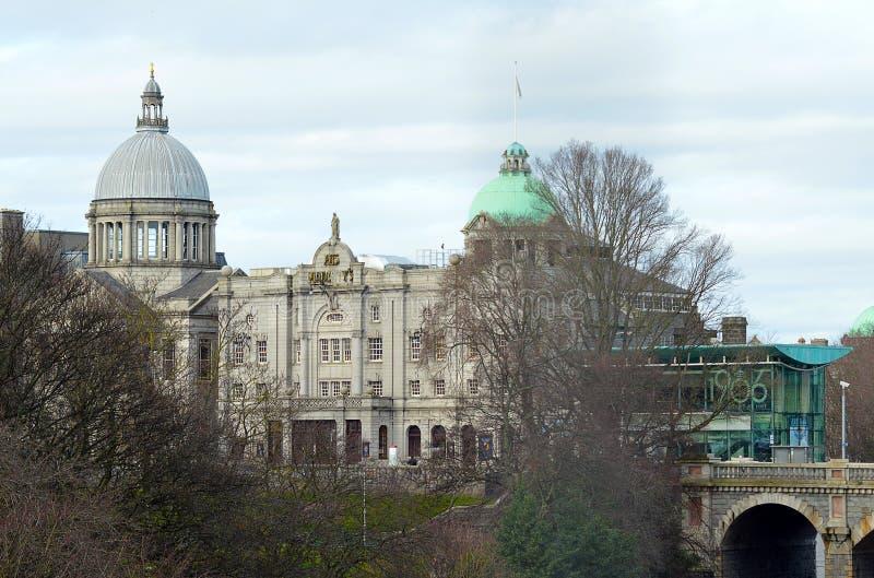 Aberdeen, Escócia: Seu teatro de majestade e igreja de St Mark fotos de stock royalty free