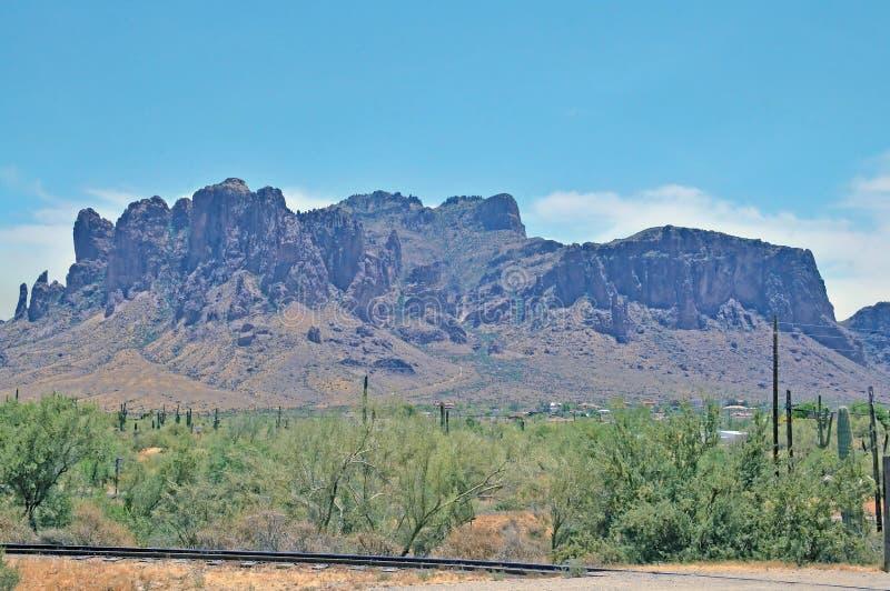 Aberglaube-Berg östlich von Phoenix, Arizona lizenzfreies stockfoto