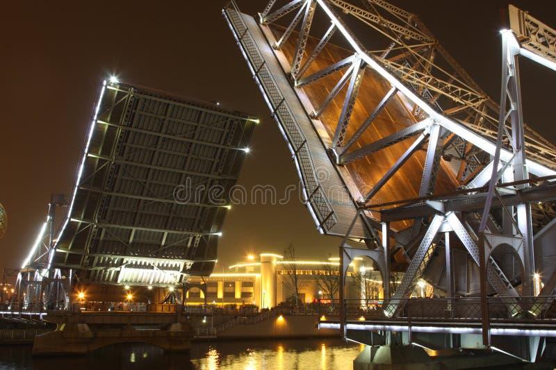 Abertura brilhante da ponte de Jiefang na noite fotos de stock