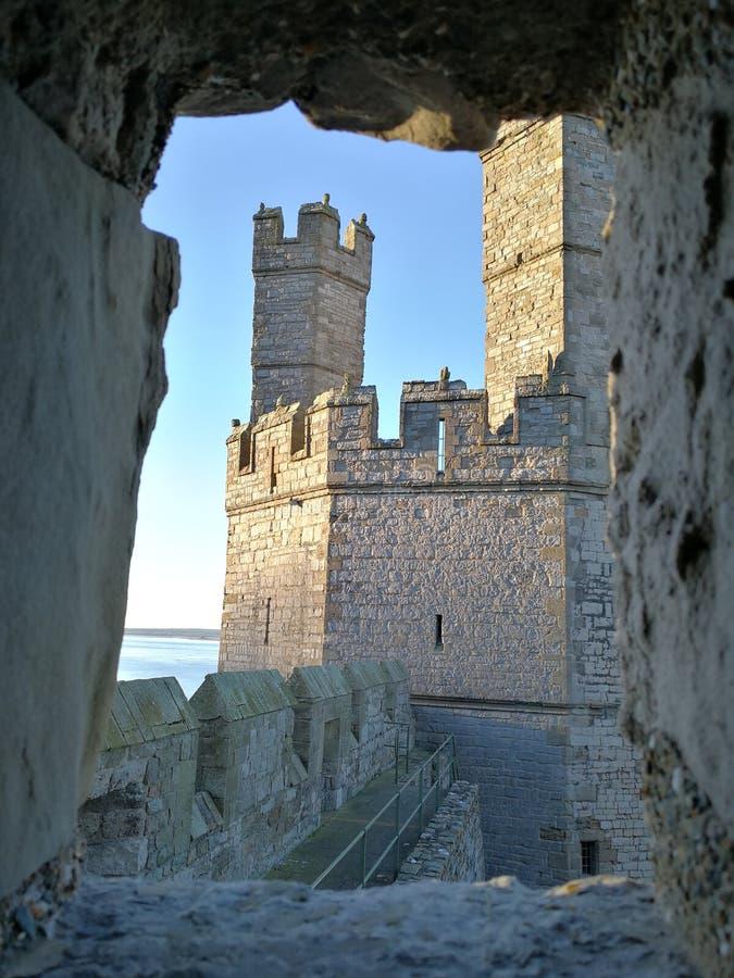 Abertura da janela do castelo foto de stock