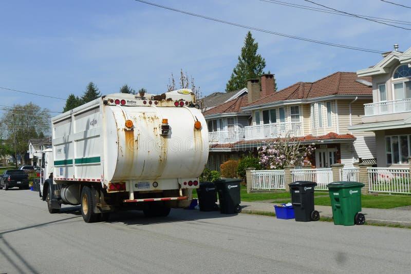 Abfall, der LKW in Kanada sammelt stockbild
