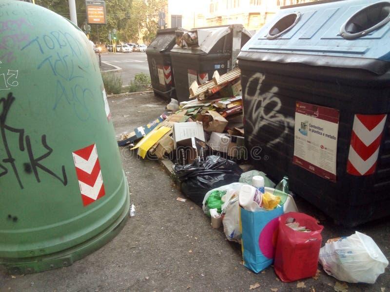 Abfall und ditiness lizenzfreie stockfotografie