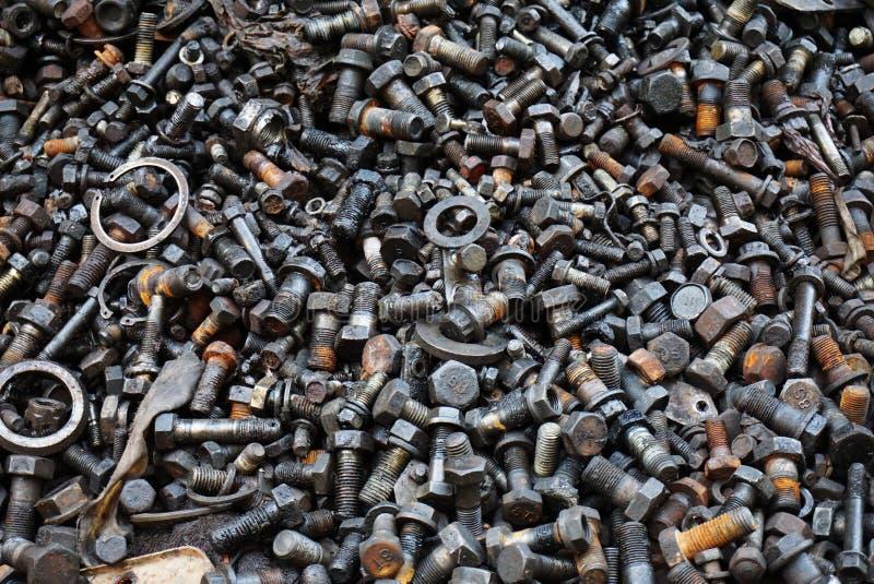 Abfall von Eisenbolzen lizenzfreie stockfotografie