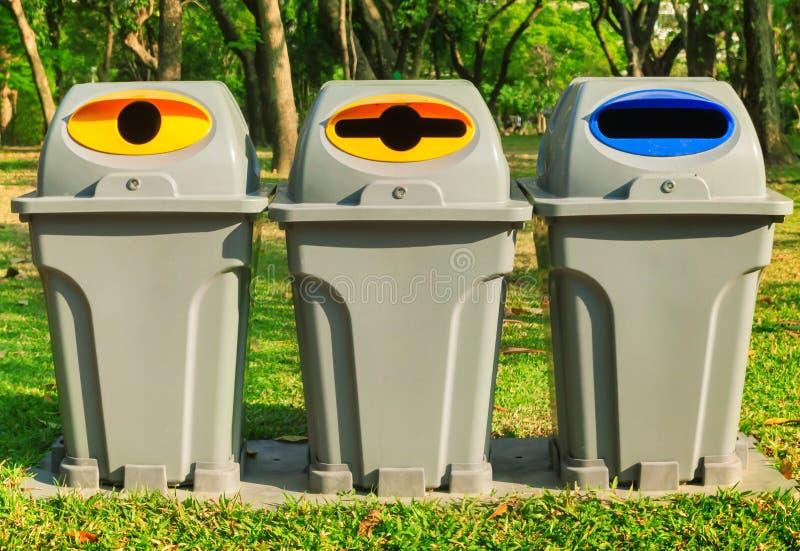 Abfalltrennung stockbilder