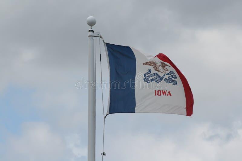 Abgenutzte Iowa-Markierungsfahne lizenzfreie stockfotos