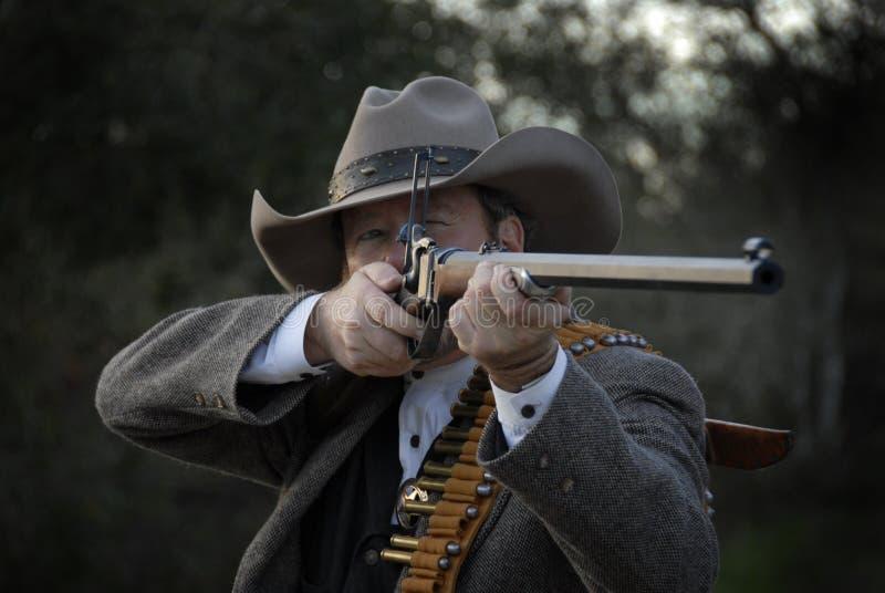 Abgeordneter mit Gewehr stockfotos