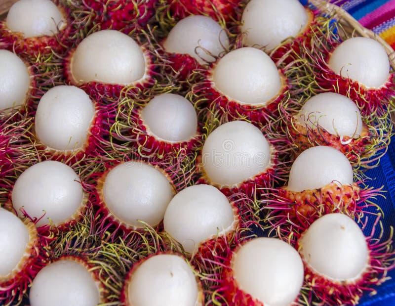 Abgezogenes Rambutan-tropische Frucht-Festival stockfotos