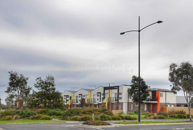 Abitazioni di appartamenti nella regione di Aurora, Wollert Victoria Australia fotografie stock