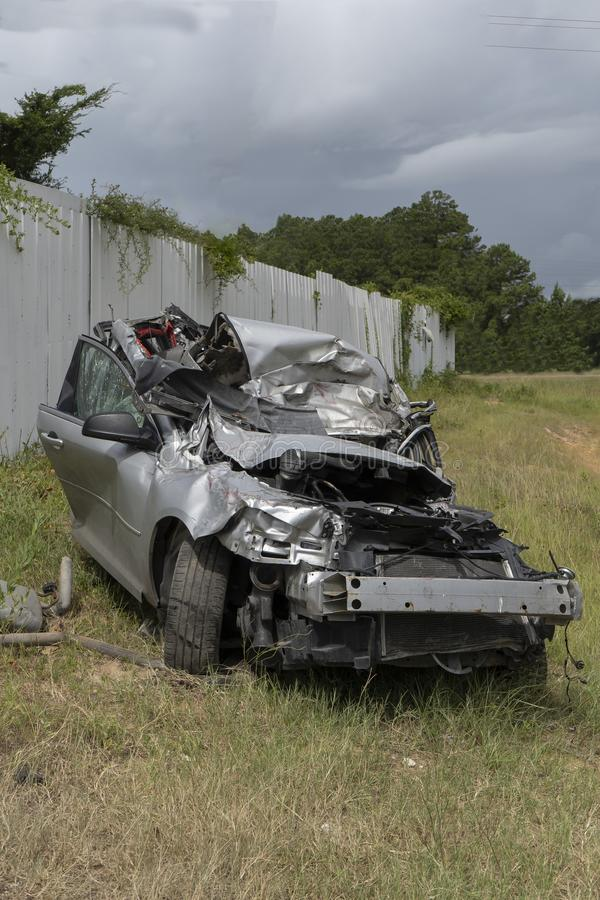 Ablenken, tödlichen Unfall u. Verlust an Menschenleben fahrend lizenzfreie stockfotografie
