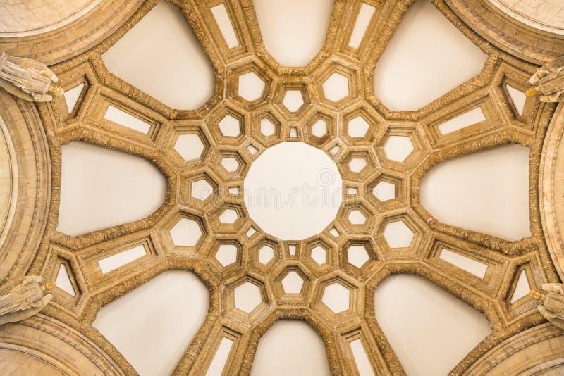 Abobade o teto do palácio das belas artes, San Francisco foto de stock