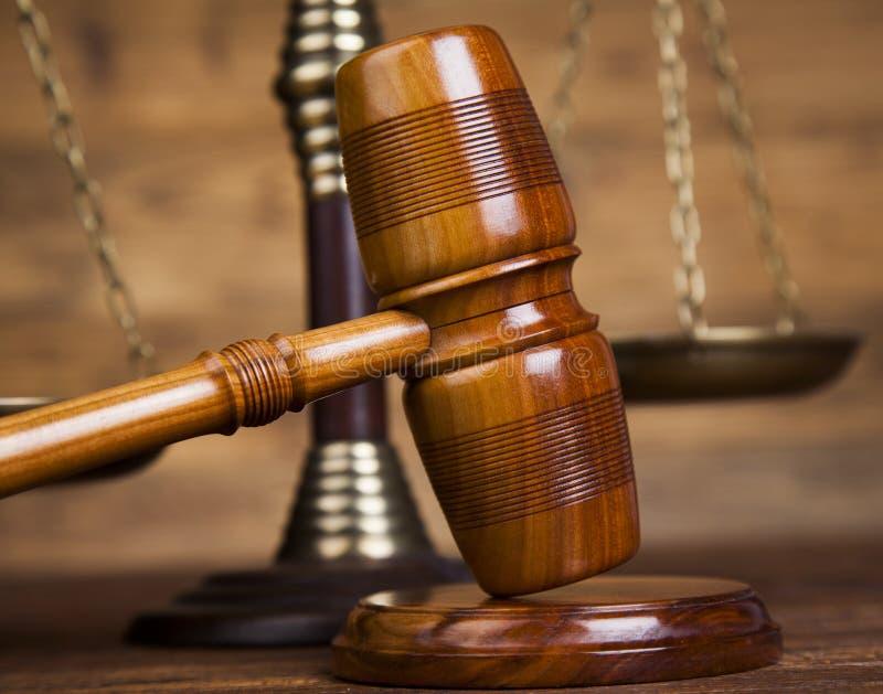 Abogado de madera del mazo de la ley, concepto de la justicia, sistema legislativo fotografía de archivo