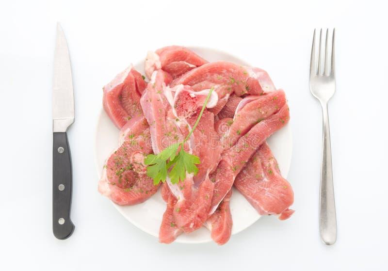 Download Abondance Aérienne De Tir De Dinde Crue De Biftecks De Plat Avec Des Couverts Image stock - Image du cuisse, heap: 76085371