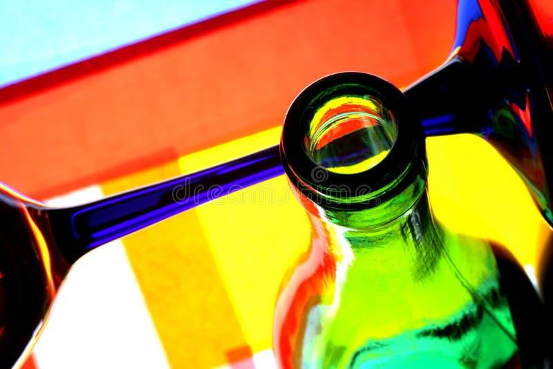 Abrégé sur bouteille et en verre de vin photos libres de droits