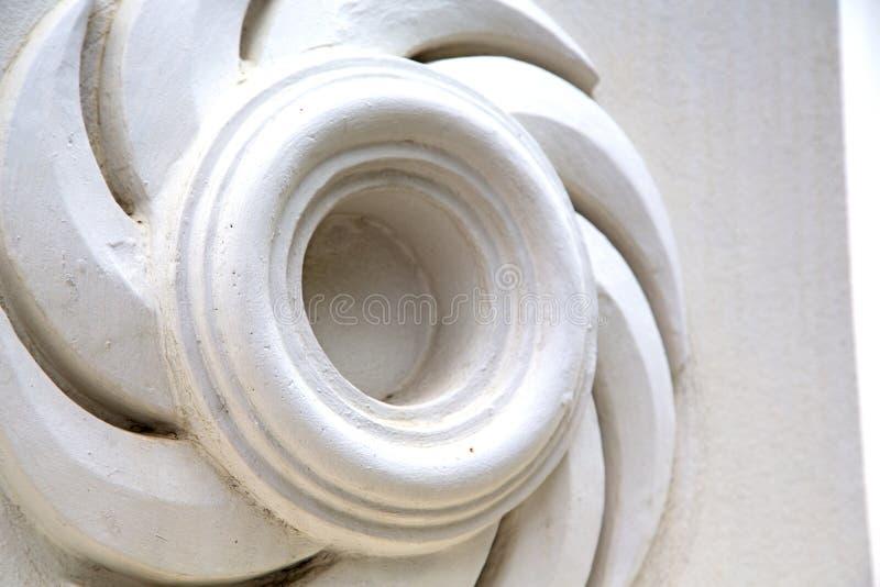 abrégé sur temple de palais de la Thaïlande Bangkok dans l'angl en spirale images stock