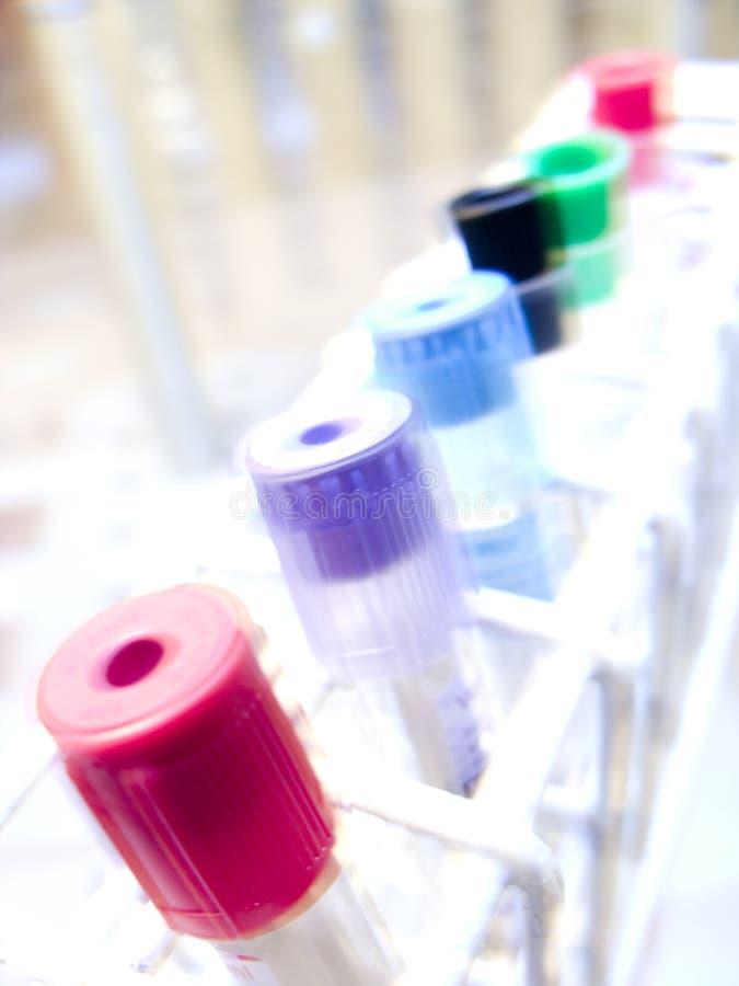 Abrégé sur tubes d'essai en laboratoire photo stock
