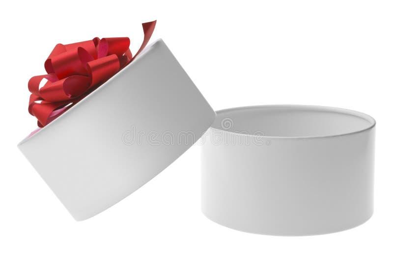 Abra a caixa de presente branca com curva vermelha da fita fotos de stock