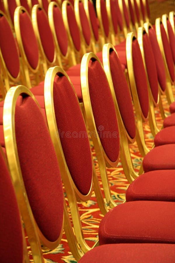 Abra el asiento en un auditorio imagen de archivo