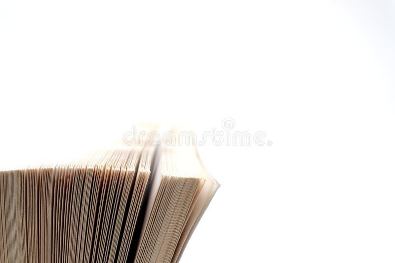 Abra el cierre del libro viejo, página del libro fotos de archivo libres de regalías