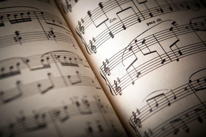 abra el libro de música grande fotografía de archivo libre de regalías