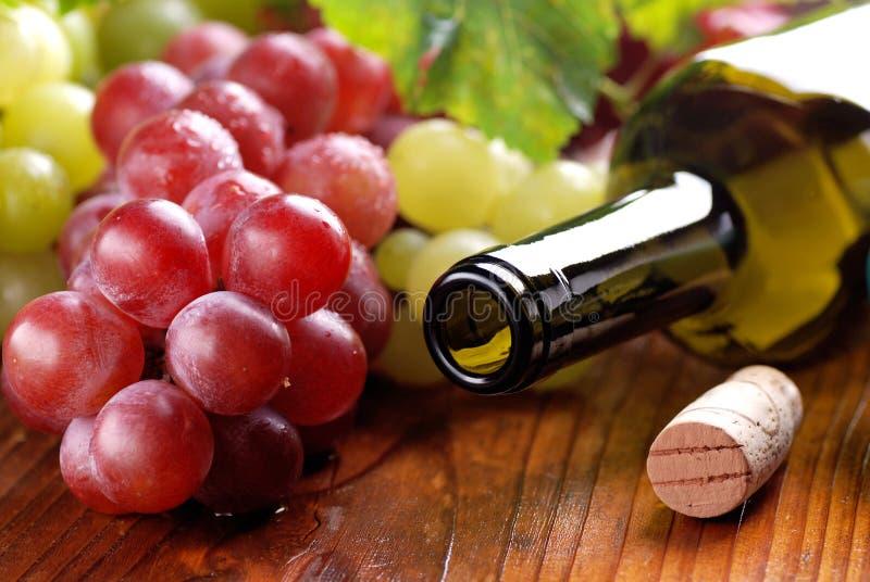 Abra a garrafa do vinho foto de stock royalty free