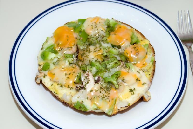 Abra la tortilla de huevos foto de archivo