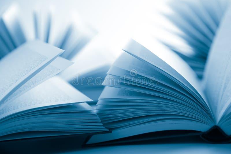 Abra livros fotografia de stock