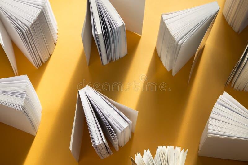 Abra los libros fotografía de archivo