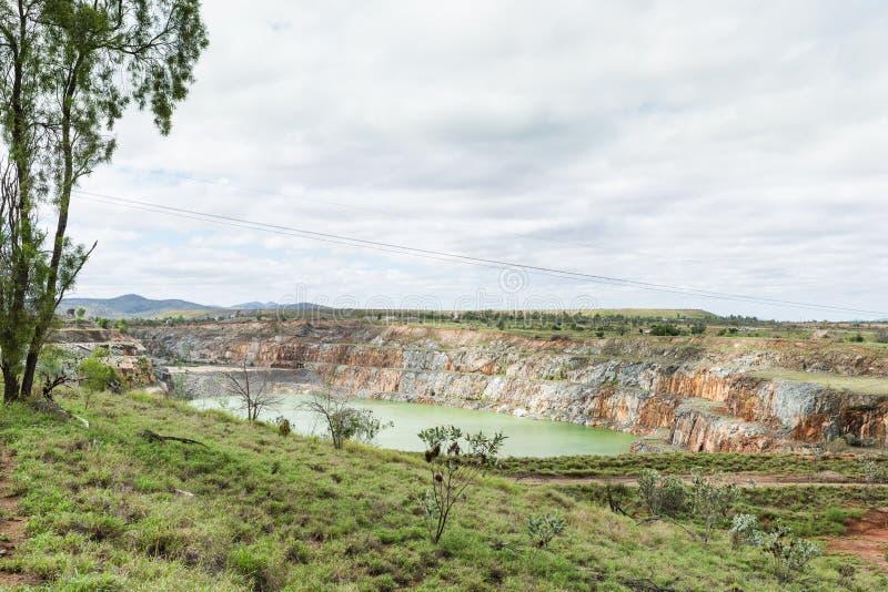 Abra a mina de ouro do corte, Ravenswood, Queensland, Austrália imagem de stock royalty free