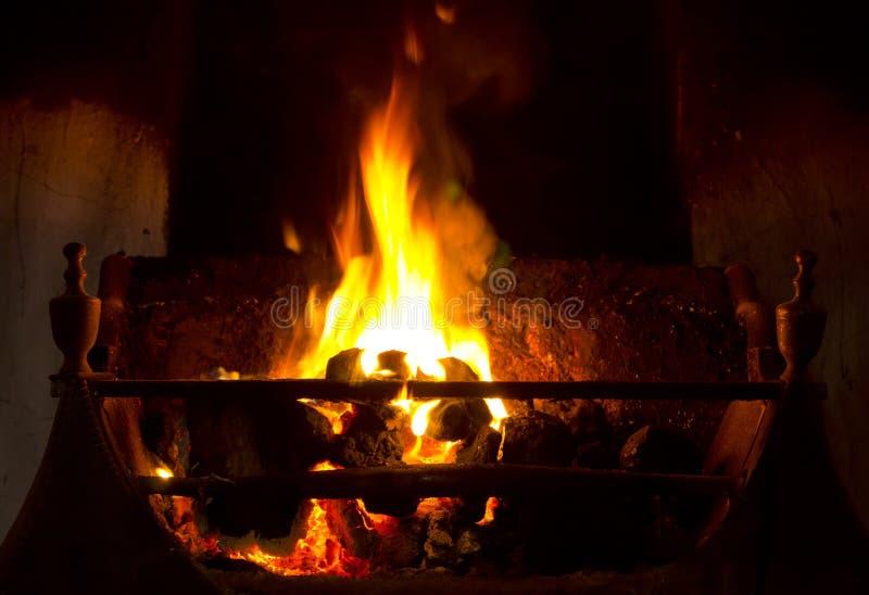 Abra o incêndio de carvão fotos de stock royalty free