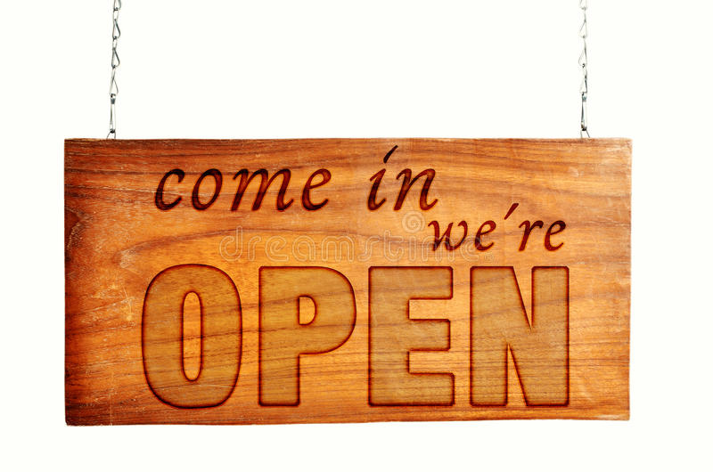 Abra o sinal de madeira aberto foto de stock