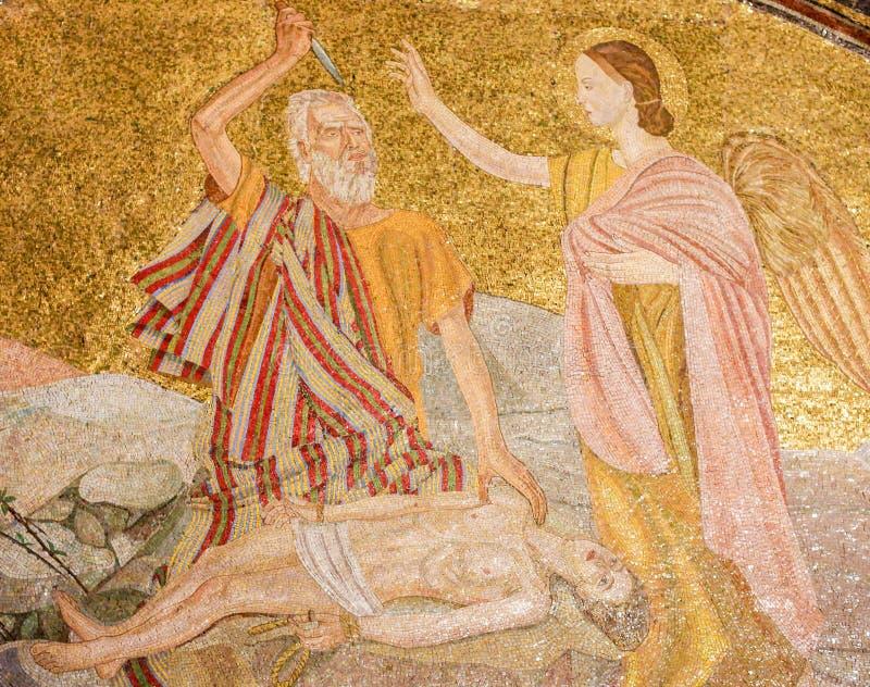 Abraham i oprawa Isaac - mozaika w Jerozolima zdjęcie stock