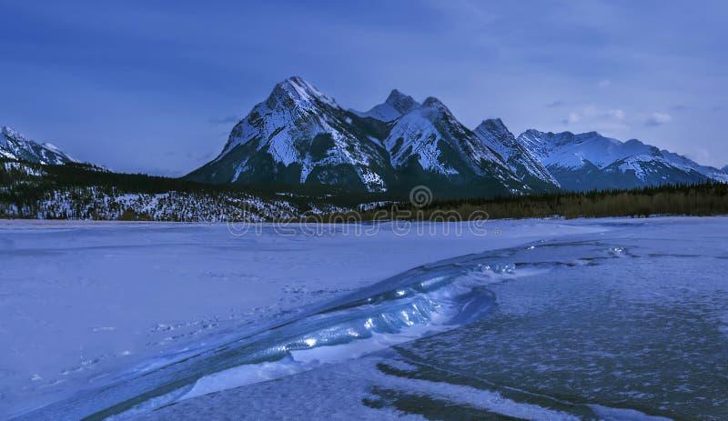 Abraham jezioro w zimie zdjęcia royalty free