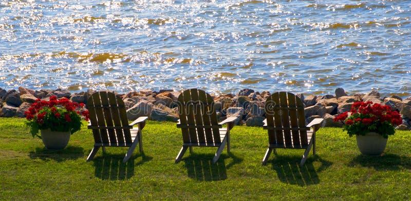 Download Abrandamento imagem de stock. Imagem de outdoors, furniture - 10052633