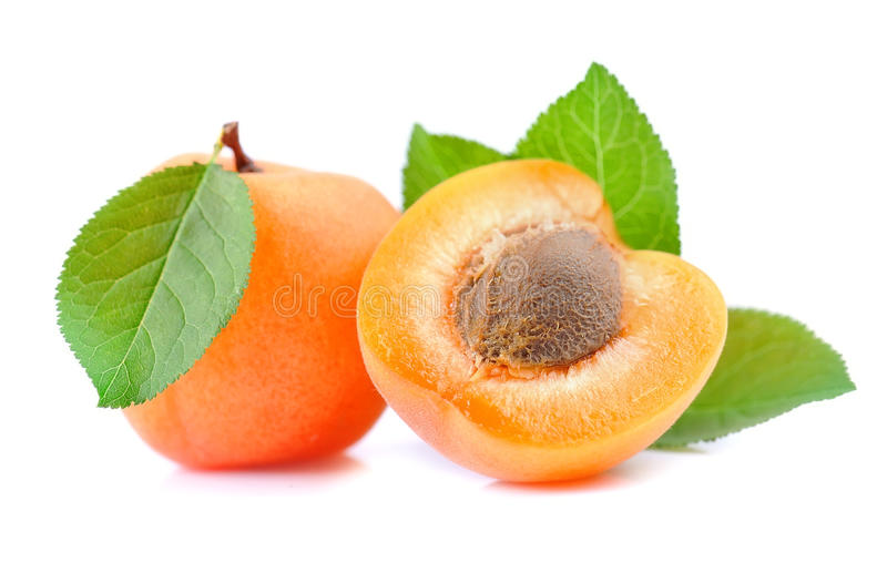 Abricots doux avec des lames image libre de droits