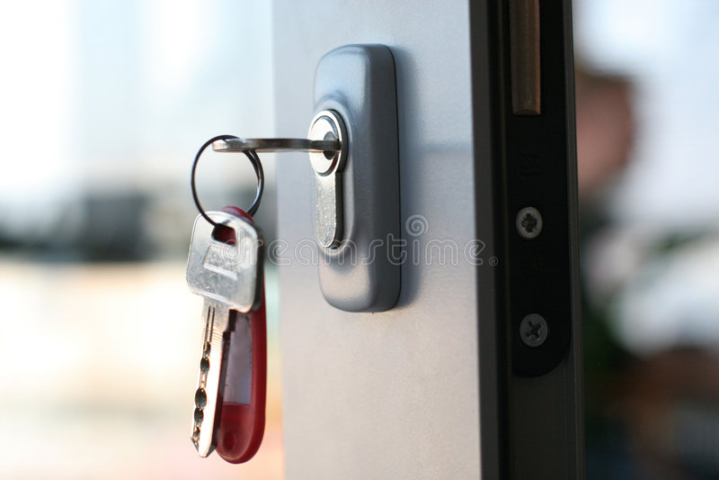 Abrigue a chave foto de stock