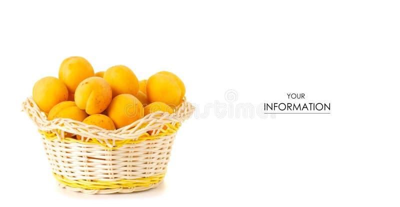 Abrikozen in een patroon van het mand oranje fruit royalty-vrije stock afbeeldingen