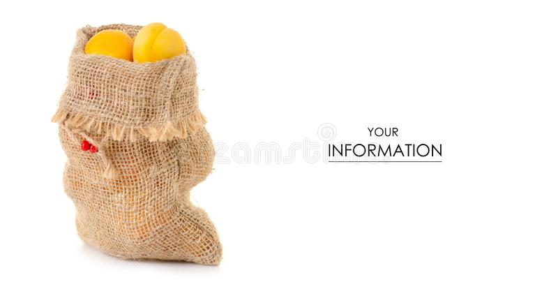 Abrikozen in een patroon van het zak oranje fruit royalty-vrije stock foto